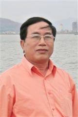 Lê Khánh Luận