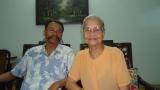 Với Mẹ, 82 tuổi, Nhơn rất ngưỡng mộ bà (SG 30.4)