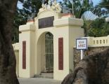 Đền thờ và nghĩa trang giòng họ Mạc Cửu ở Hà Tiên
