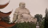 Tượng Phật Di Lặc cao 36m trên đỉnh núi Cấm