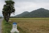 Đường đến chùa Phi Lai , chùa Tam Bảo , nhà mồ Ba Chúc - An Giang