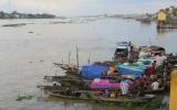 Thành phố Châu Đốc , bên hữu ngạn sông Hậu