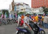 Câu lạc bộ xe Honda SS 50cc , tượng đài Bác Tôn Đức Thắng - thành Phố Long Xuyên