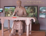 Trong đền thờ ông Thủ khoa Bùi Hữu Nghĩa , gần cầu Bình Thủy - Cần Thơ