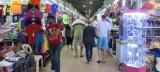 Chợ ngoài trời hoặc chợ trong nhà , ta sẽ gặp khắp mọi nơi !