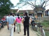Đoàn cứu trợ NTHQN & CĐ tới trường Tiểu học số 2, thị trấn Diêu Trì